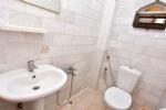 3 Kişilik Odanın Banyosu