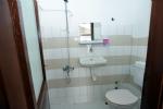 5 Kişilik Odamızın Banyosu
