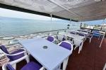 Teras Cafemiz ve Deniz Manzarası