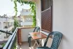 Çift Kişilik Mutfaklı Odamızın Balkonu