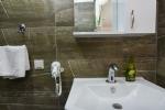 3 Kişilik Odamızın Banyosu