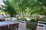 Balkondan Bahçe Manzarası