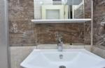 İki Kişilik Mutfaklı Teras Odamızın Banyosu