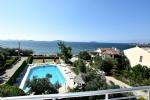Otelimizden Havuz ve Deniz Manzarası