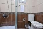 4 Kişilik Bungalow Banyosu