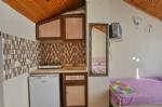 Üç Kişilik Mutfaklı Odamız