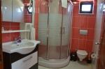 Çift Kişilik Odalarımızın Banyosu